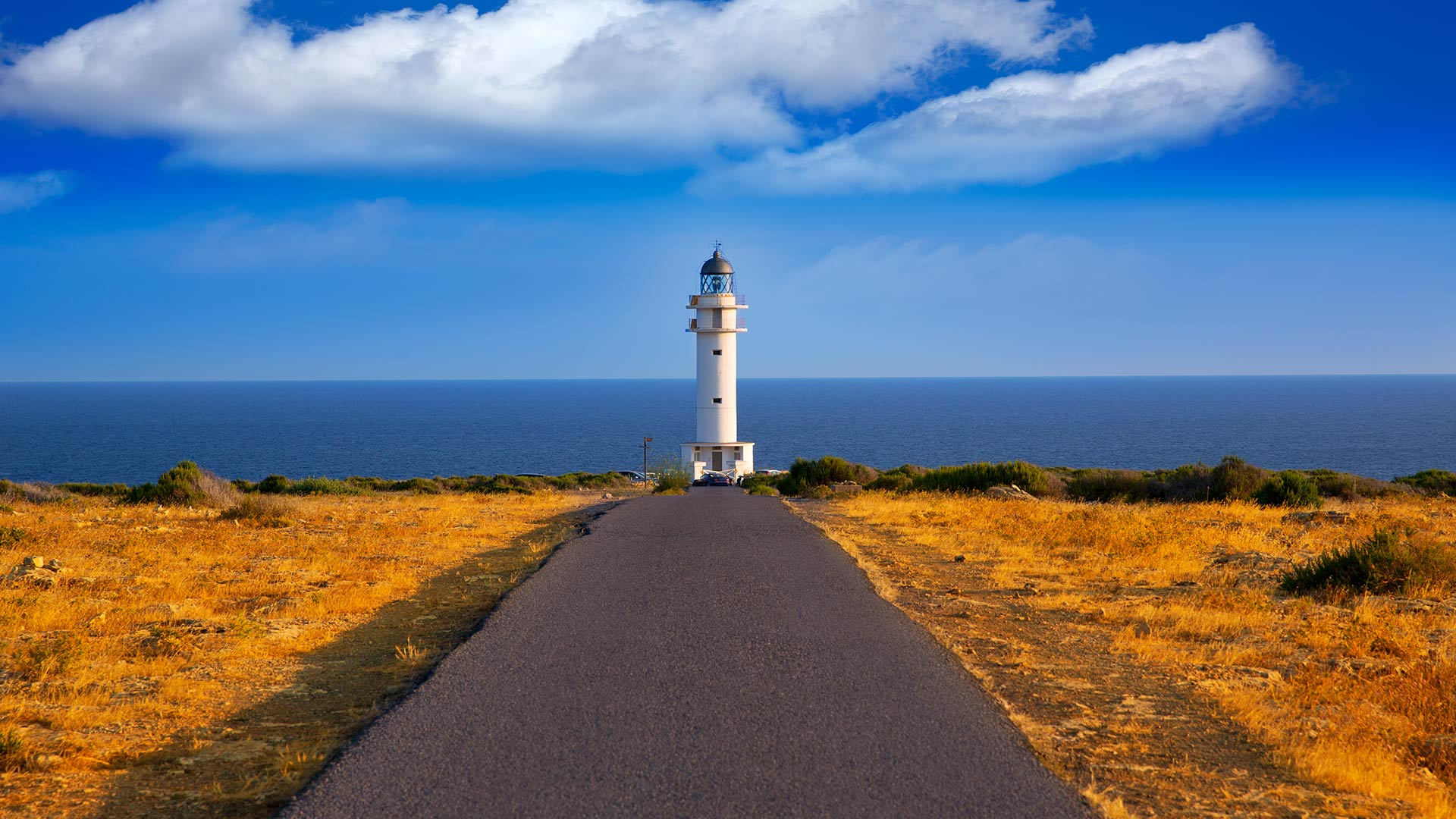 Imagen  Let yourself be surprised by the magical route of the Lighthouses