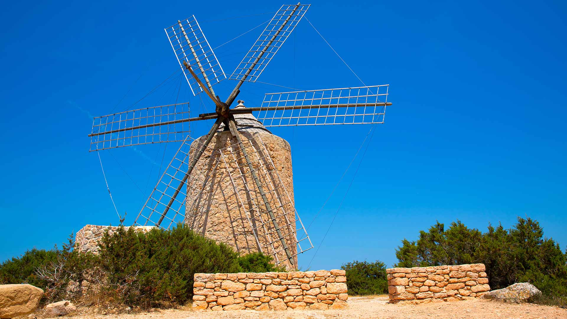 Imagen  The route of the windmills