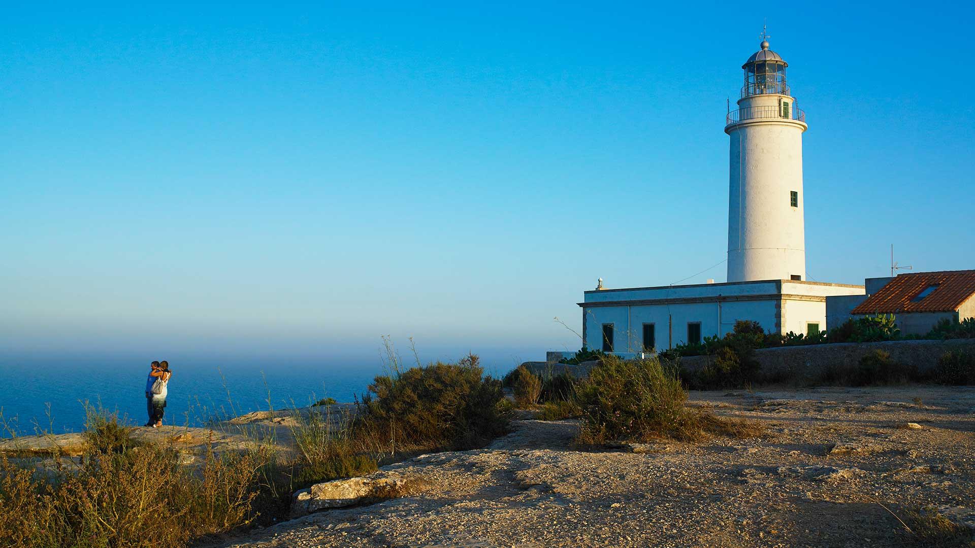 Visitar el Faro de la Mola en Formentera