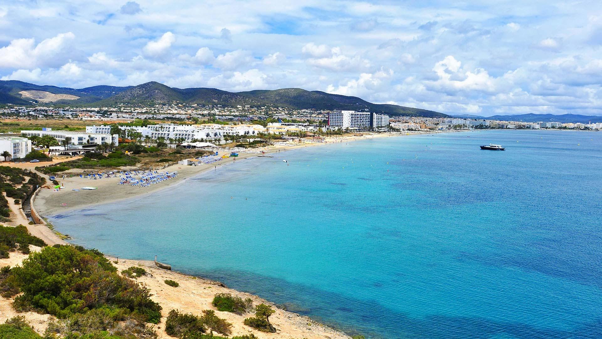 Vista aérea de la playa D'en Bossa