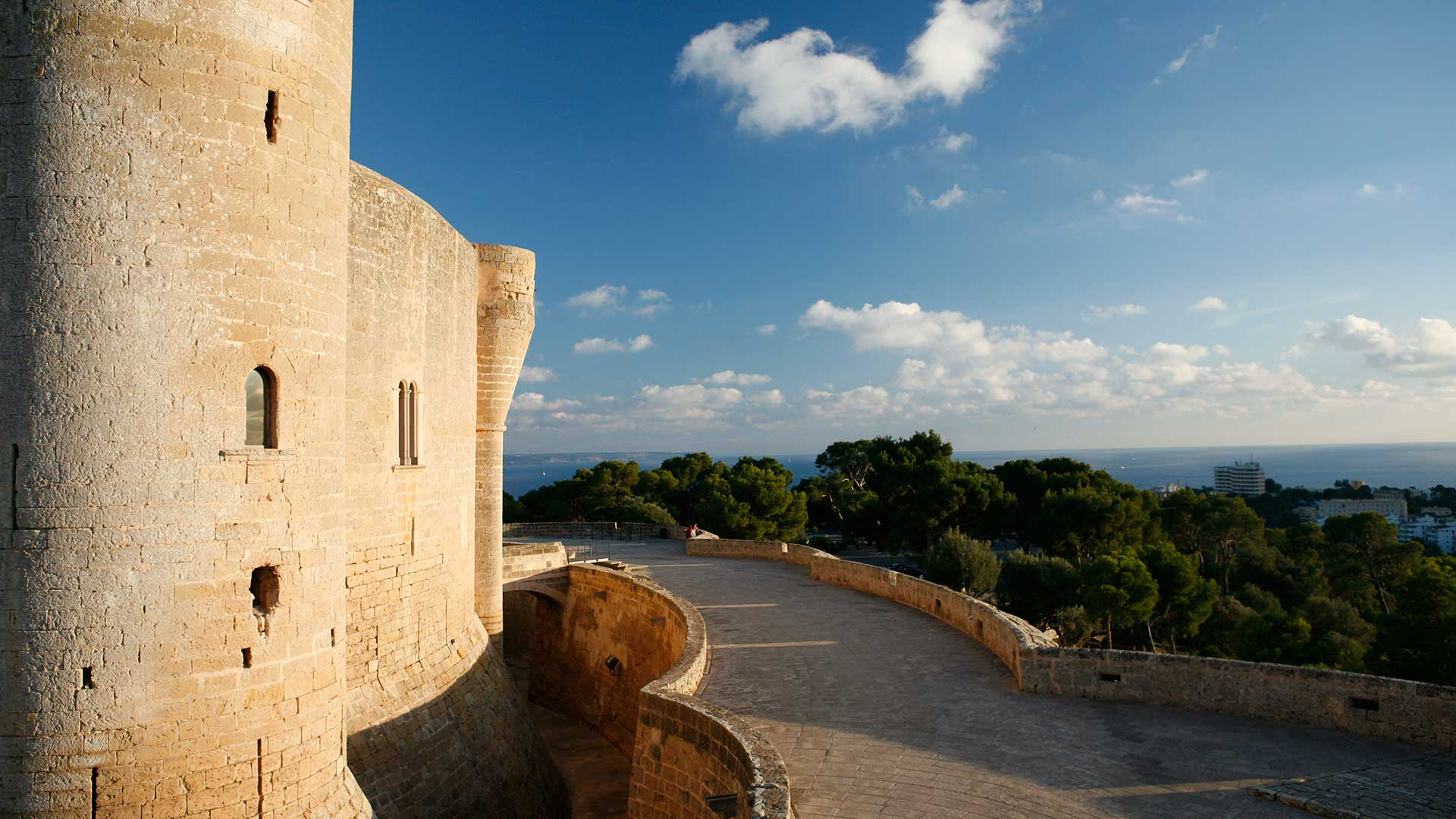 Vista desde las terrazas del Castillo de Bellver