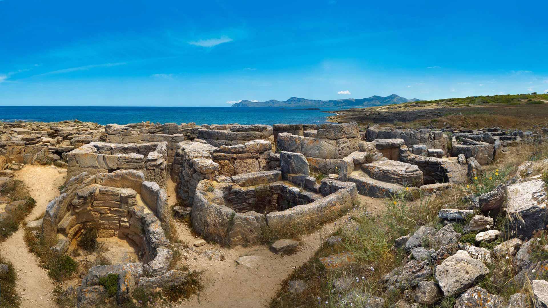 Imagen Necrópolis Punta dels Fenicis. Son Real